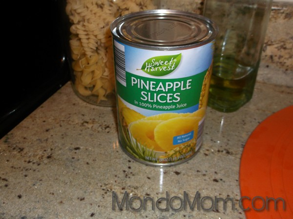 strawberry pineapple iced tea: canned pineapple