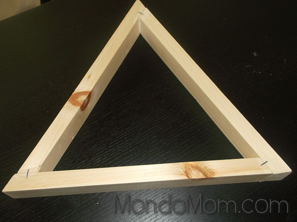DIY wooden triangle shelves: staple corners