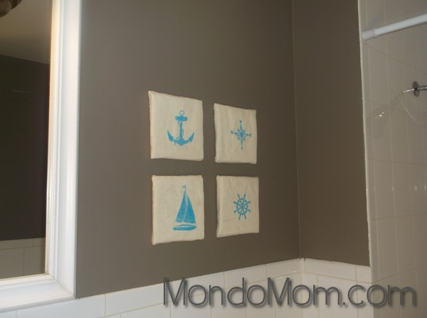 DIY nautical art in bathroom