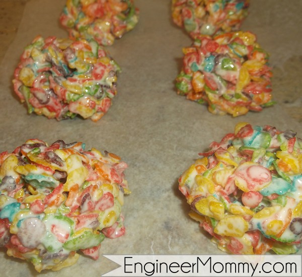 Marshmallow and fruity rice cereal balls at Engineer Mommy