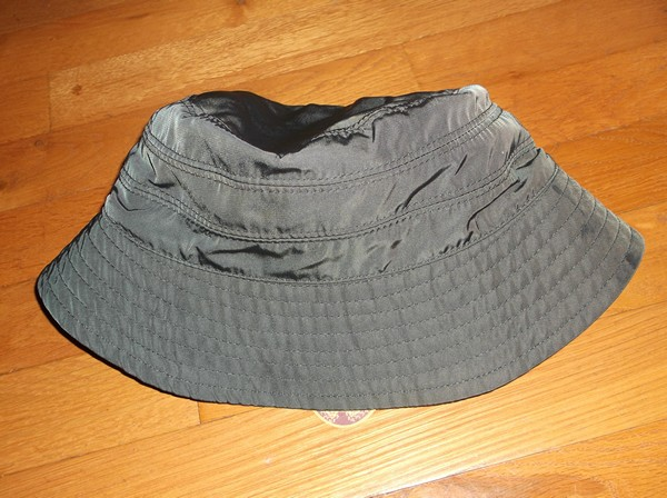 Wide Brim on Rainhat