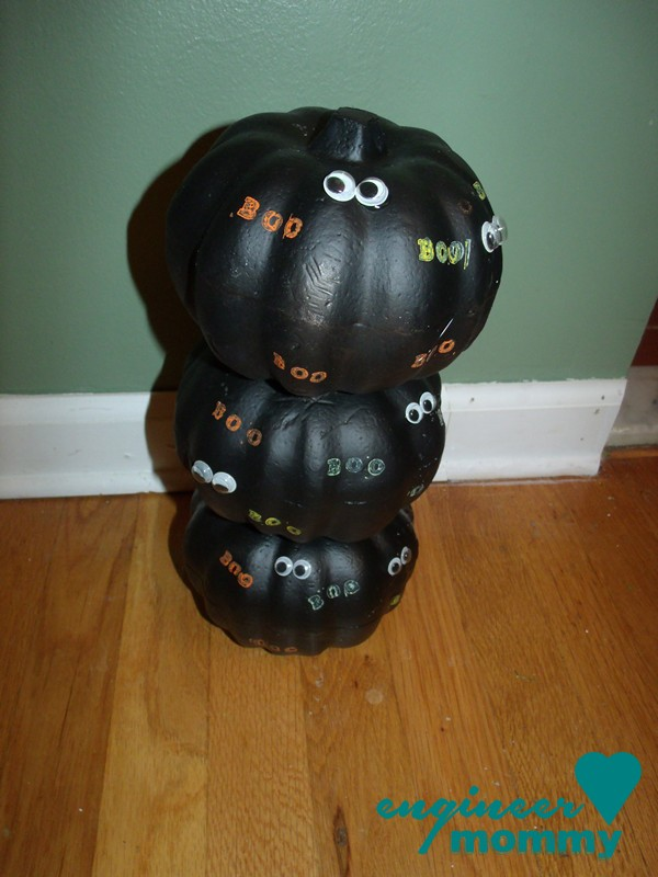 Dollar Store Pumpkin Craft: Spooky Topiary