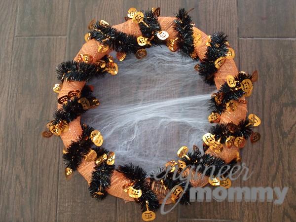 DIY Halloween Wreath: Spooky Spider Web