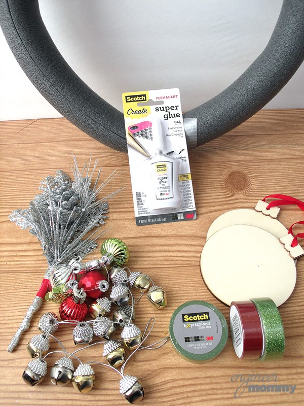 DIY Modern Christmas Wreath: Supplies