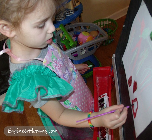 DIY No-Sew Artist Apron for Kids