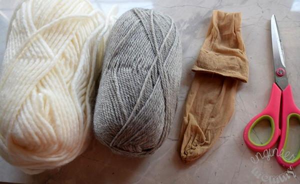 DIY Wool Dryer Balls & Other Laundry Hacks
