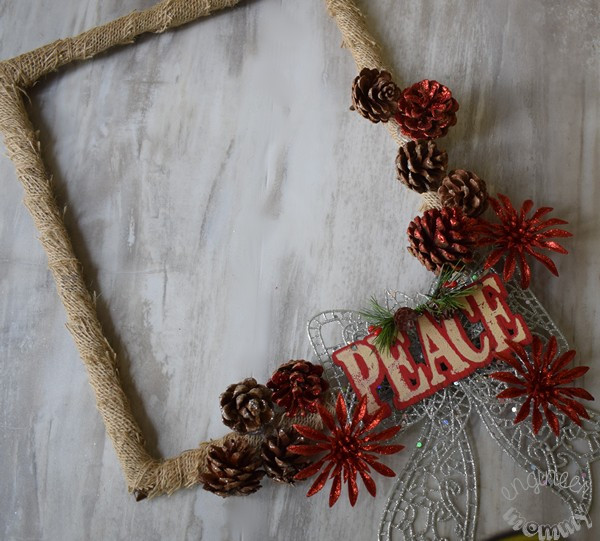 DIY Picture Frame Christmas Wreath