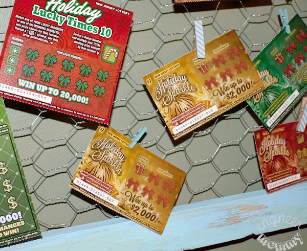 DIY Chicken Wire Frame w/ NJ Lottery Games